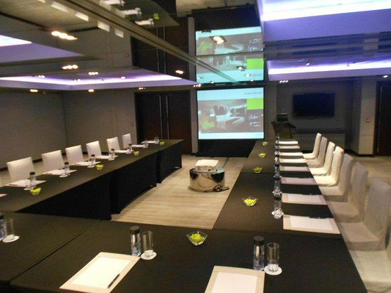 The Mira Hong Kong : one of the function rooms