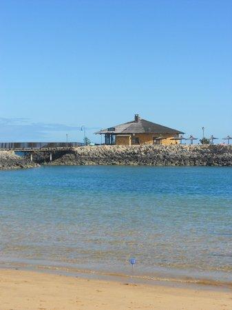 Sheraton Fuerteventura Beach, Golf & Spa Resort: Resturanen vid piren utanför hotellet