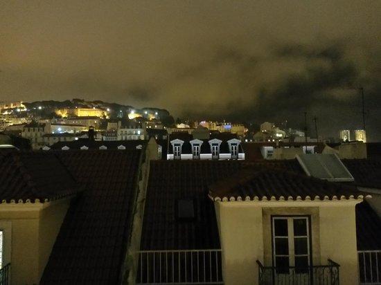 Brown's Downtown: Panorama dal lucernaio della stanza 601