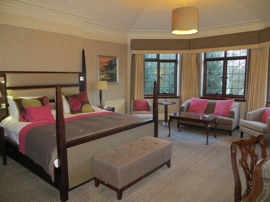 Aldwark Manor Golf & Spa Hotel : room 208