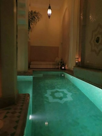 Riad Ambre et Epices: Small pool but paradise