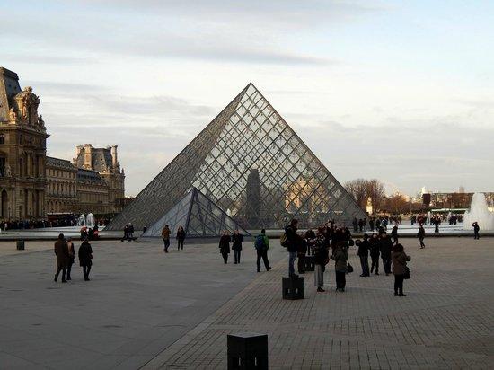 Le louvre photo de office de tourisme et des congr s de paris paris tripadvisor - Office du tourisme polonais paris ...