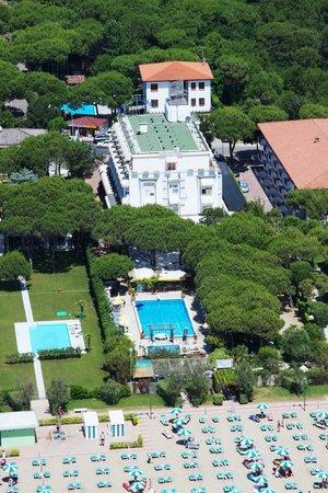 Hotel Vina del Mar Pineta: L'Hotel con giardino si affaccia sulla  spiaggia