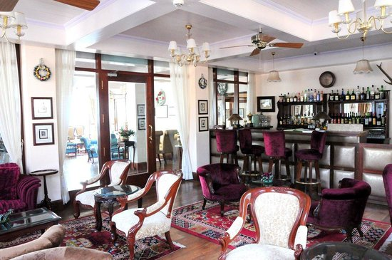 The Elgin Silver Oaks, Kalimpong : Bar
