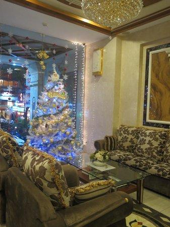 Tan Hoang Long Hotel: Lobby