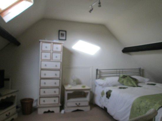 Fontmell Magna, UK: attic room