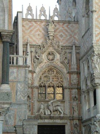 Markusdom (Basilica di San Marco): Facciata laterale, altro scorcio