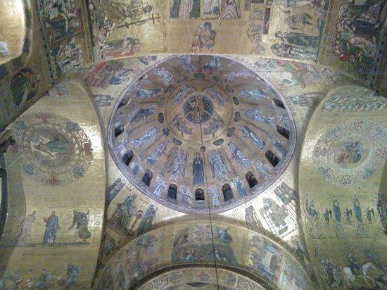 Markusdom (Basilica di San Marco): Mosaici su fondo d'oro!