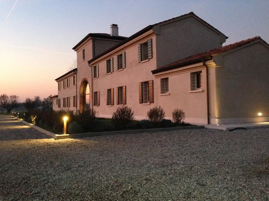 Pegognaga Italy  city pictures gallery : Agriturismo Corte Motte Pegognaga, Italy Farmhouse Reviews ...