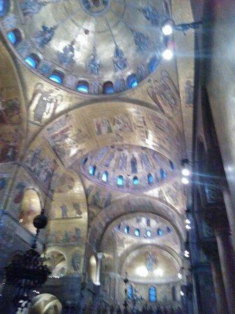 Markusdom (Basilica di San Marco): Bellezza ed arte ovunque!