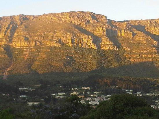 African Family Farm: Die Aussicht vom Balkon aus auf den Tafelberg