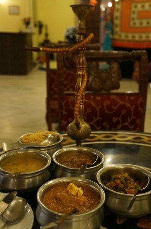 Amin Tours - Day Tours: taste of india food....