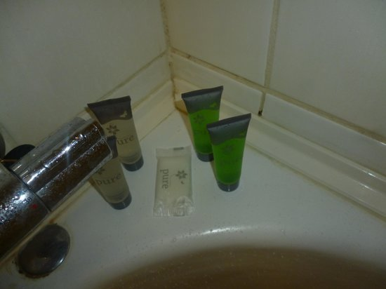 Gleneagle Hotel: bathroom
