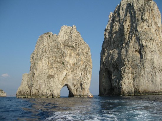 I Faraglioni : Amazing Rocks!