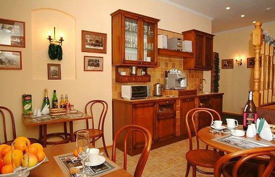 Kholstomer Mini Hotel: Cafe