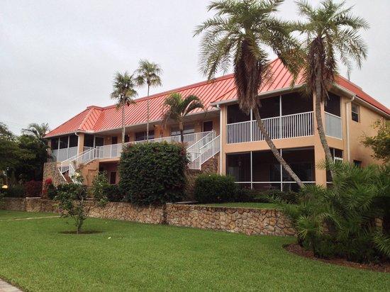 Sanibel Arms Condominiums: Building H
