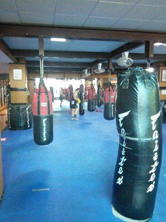 Fairtex Sports Club Hotel : training