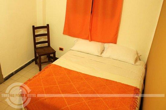 Turning Point Hostel: Habitacion Doble con baño privado