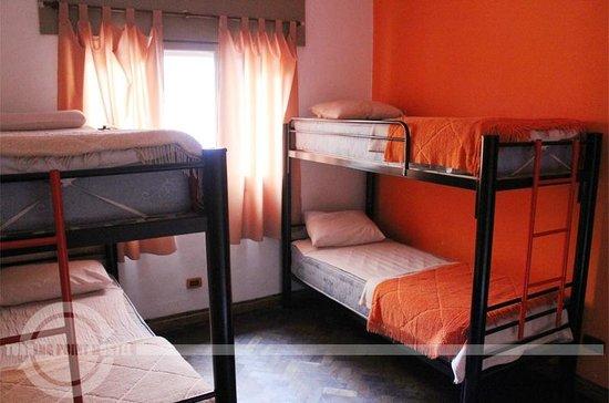 Turning Point Hostel : Dormi de 4 personas