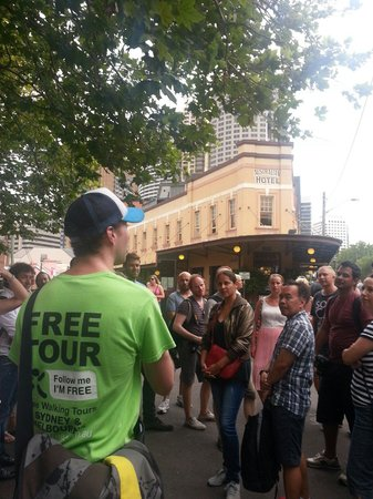 I'm Free Walking Tours : Ramsay telling the story of the Australia hotel bet
