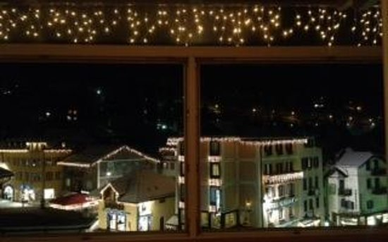 Hotel Faloria: Vista da camera