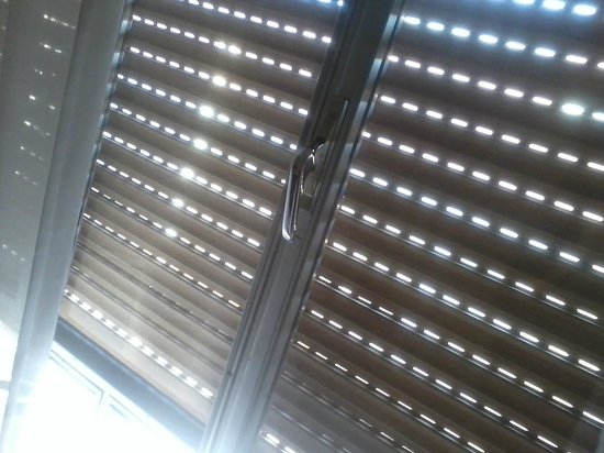Hotel Sevilla: ventana