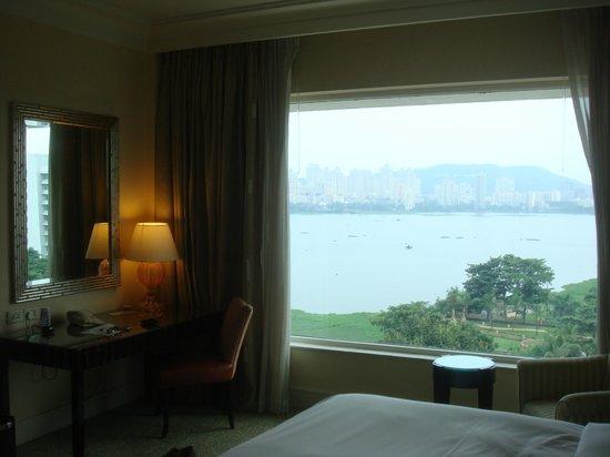 Renaissance Mumbai Convention Centre Hotel : Room