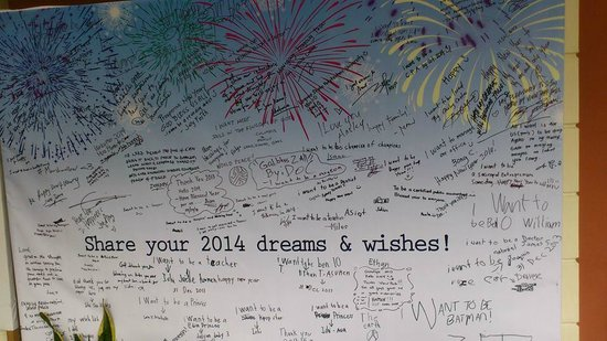 View Park Hotel: 2014 New Year's Message Board