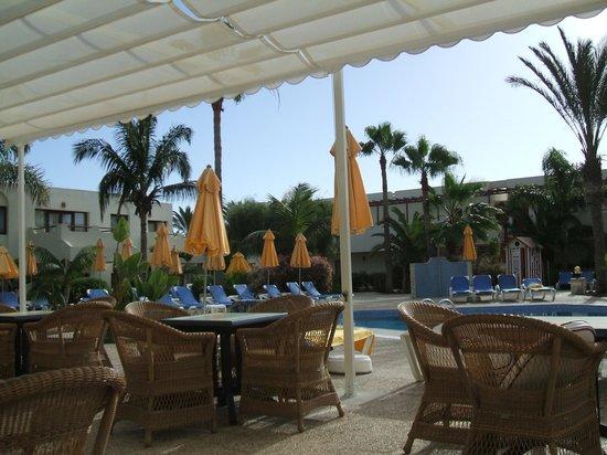 Suite Hotel Atlantis Fuerteventura Resort: Adult area pool