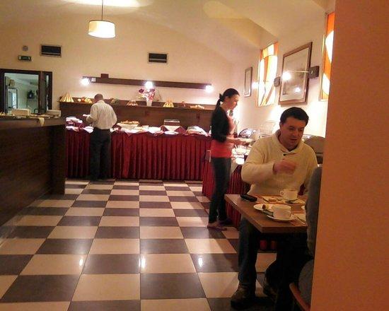 EA Hotel Downtown: Zona Colazione - buffet
