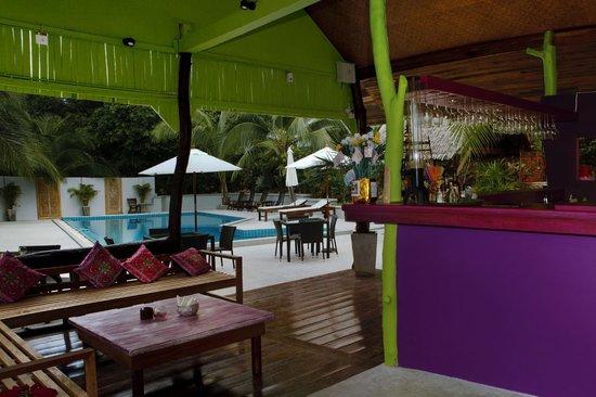 Tantawan Bungalow: Lounge & Bar