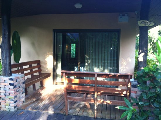 Sunda Resort: Pool Room