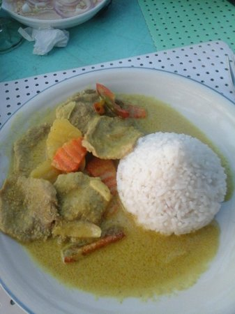 Bei Kurt und Magz: Beef Curry (About 250p)