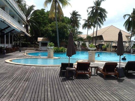 Cape Panwa Hotel : Hotel pool
