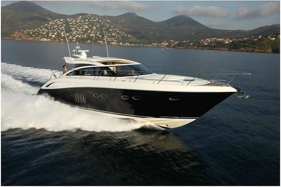 Liven Up Great Boats - Private Day Tours : Princess V62