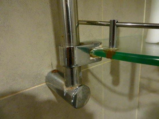 Furama Bukit Bintang: shower
