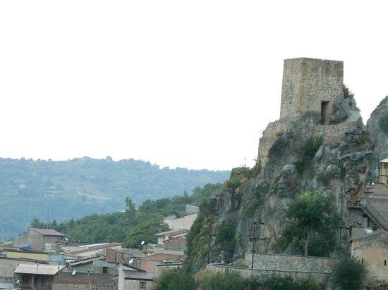 Affittacamere Nicolo : castel turio
