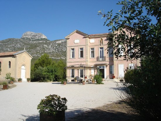 Chateau De Favary : BASTIDE ET GLORIETTE