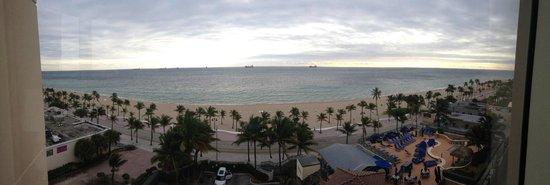 Courtyard Fort Lauderdale Beach : ft lauderdale beach