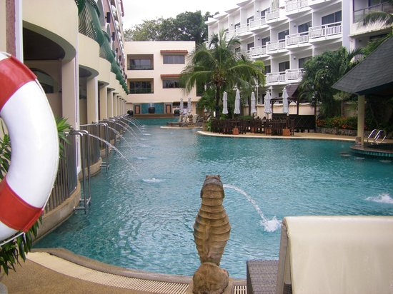 Karon Sea Sands Resort & Spa: Swimming pool