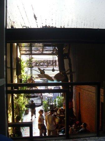 NapPark Hostel @ Khao San: Blick in den Innenhof