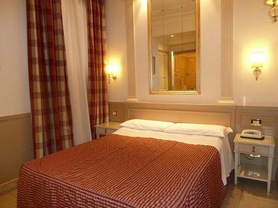 Villa Glori Hotel : chambre