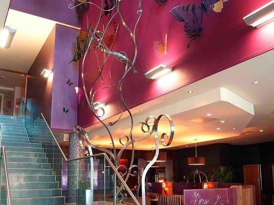 Crowne Plaza Dublin - Blanchardstown : Lobby