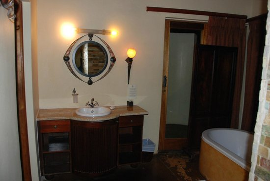 Shishangeni Private Lodge: bagno