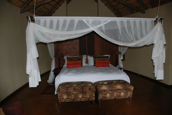 Shishangeni Private Lodge: letto