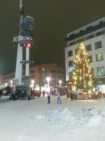 Original Sokos Hotel Vaakuna,Rovaniemi : Piazza centrale