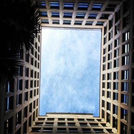 San Francisco City Guides : Monadnock Building court yard (Earthquake tour)
