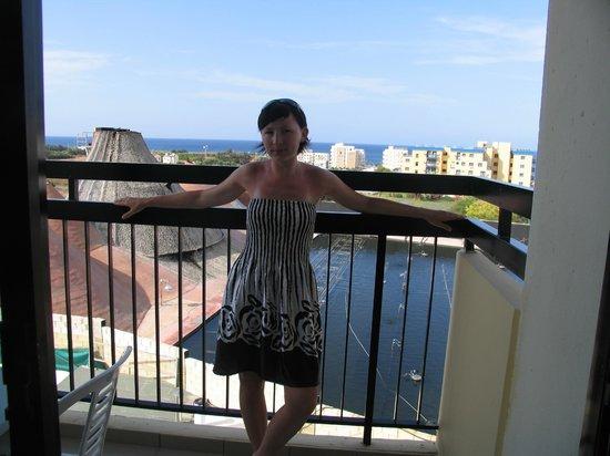 Kapetanios Bay Hotel: Вид из номера на танцующие фонтаны