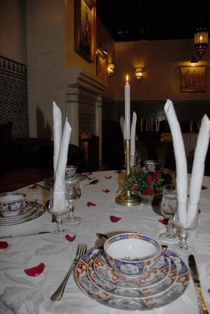 Riad Kniza Restaurant: Beautiful setting