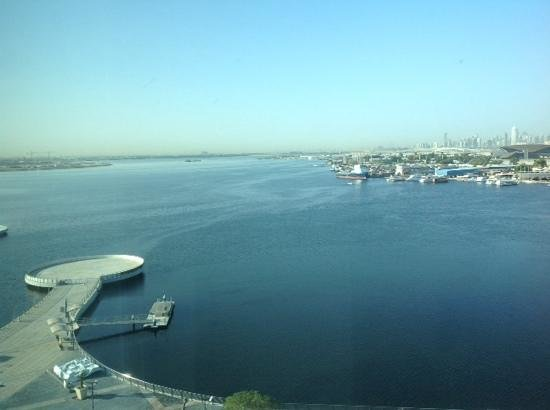 InterContinental Dubai Festival City: Beautiful view of Creek and City Skyline